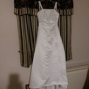 Bridal Gown  Michael D'Angelo perfect size 4